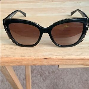 TIFFANY & CO WOMENS DESIGNER SUNGLASSES NWOT